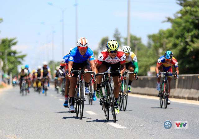 ẢNH: Những khoảnh khắc ấn tượng chặng 7 Giải xe đạp quốc tế VTV Cúp Tôn Hoa Sen 2017, Huế đi Quảng Nam - Ảnh 12.
