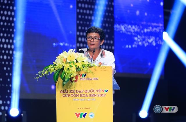ẢNH: Những khoảnh khắc ấn tượng trong Gala giải xe đạp quốc tế VTV Cúp Tôn Hoa Sen 2017 - Ảnh 4.