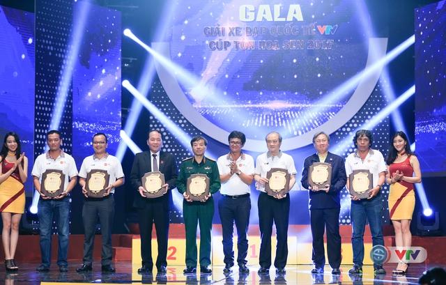 ẢNH: Những khoảnh khắc ấn tượng trong Gala giải xe đạp quốc tế VTV Cúp Tôn Hoa Sen 2017 - Ảnh 5.