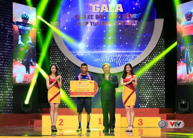 ẢNH: Những khoảnh khắc ấn tượng trong Gala giải xe đạp quốc tế VTV Cúp Tôn Hoa Sen 2017 - Ảnh 6.