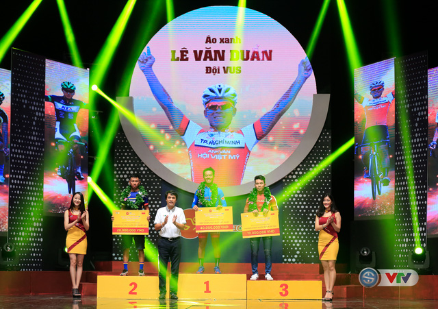 ẢNH: Những khoảnh khắc ấn tượng trong Gala giải xe đạp quốc tế VTV Cúp Tôn Hoa Sen 2017 - Ảnh 10.