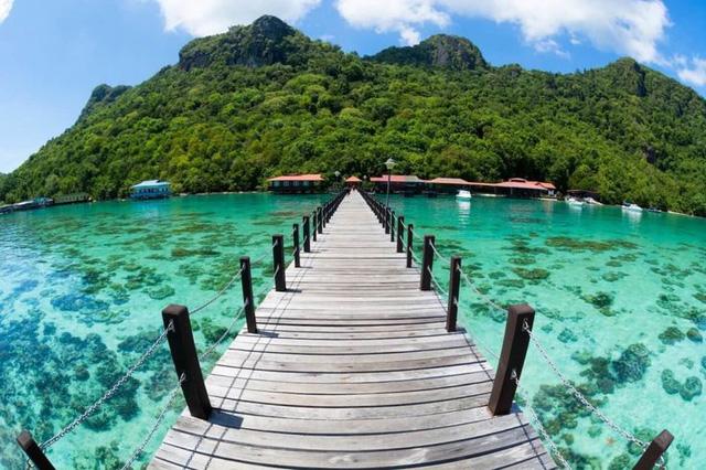 Đảo Tioman - Viên ngọc xanh biếc của Malaysia - Ảnh 2.