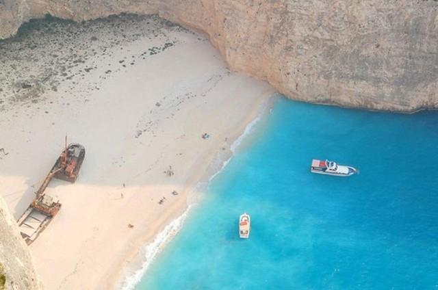 12 bờ biển lộng lẫy nhất thế giới bạn nhất định phải ghé thăm - Ảnh 13.