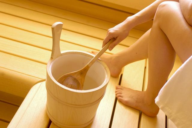 Tắm hơi không chỉ giúp thư giãn mà còn có lợi ích không ngờ - Ảnh 2.