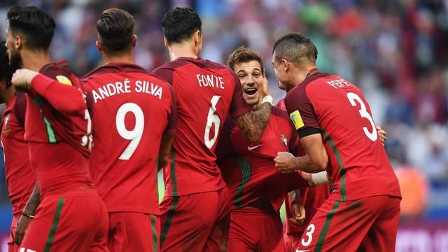 Cúp Liên đoàn các châu lục 2017: Lơ là phòng ngự ĐT Bồ Đào Nha để ĐT Mexico cầm hòa đáng tiếc - Ảnh 4.