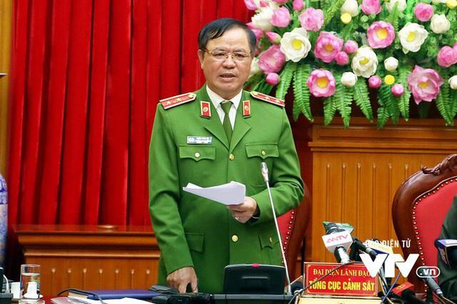 Trung tướng Trần Văn Vệ: Quản lý hộ khẩu không thể bỏ được - Ảnh 1.