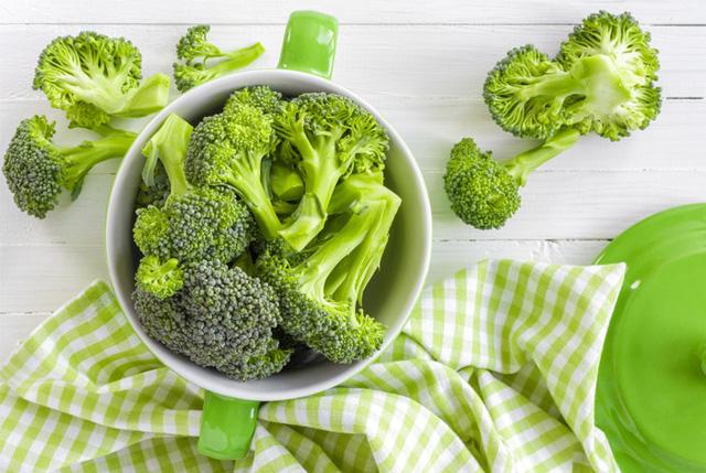Để bổ sung canxi, bạn không thể bỏ qua những loại rau quả này - Ảnh 3.