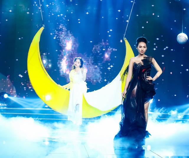 Sài Gòn đêm thứ 7: Đồng Lan vắt vẻo trên trăng, hòa mình cùng thời trang Quỳnh Paris - Ảnh 8.