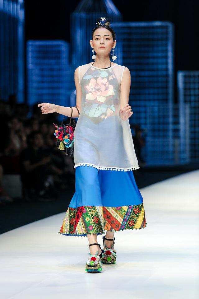 Mộng mị với NTK Thủy Nguyễn trên sàn catwalk Tuần lễ thời trang quốc tế Việt Nam Xuân - Hè 2017 - Ảnh 2.