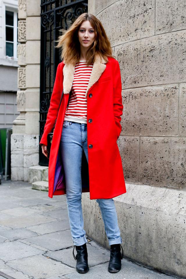Gam màu đỏ nổi bật cho trang phục ngày Tết - Ảnh 4.