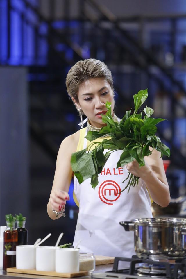 Vua đầu bếp 2017: Pha Lê giành chiến thắng thuyết phục với bữa cơm gia đình - Ảnh 4.