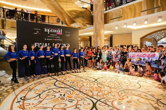 Chân dài 36 tuổi tự tin khoe đường cong tại vòng Chung kết Top Model Online miền Bắc - Ảnh 4.