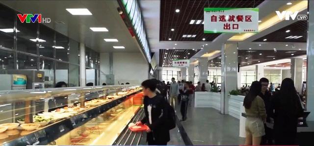 Một số nhà ăn đặc biệt trên thế giới - Ảnh 1.