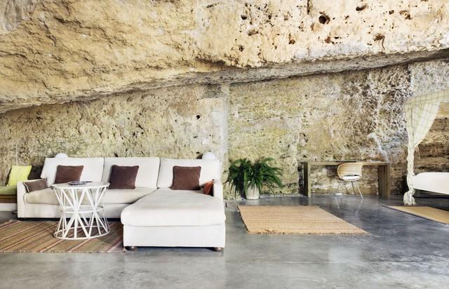 Độc đáo căn nhà hang ở khe núi tại Tây Ban Nha - ảnh 2