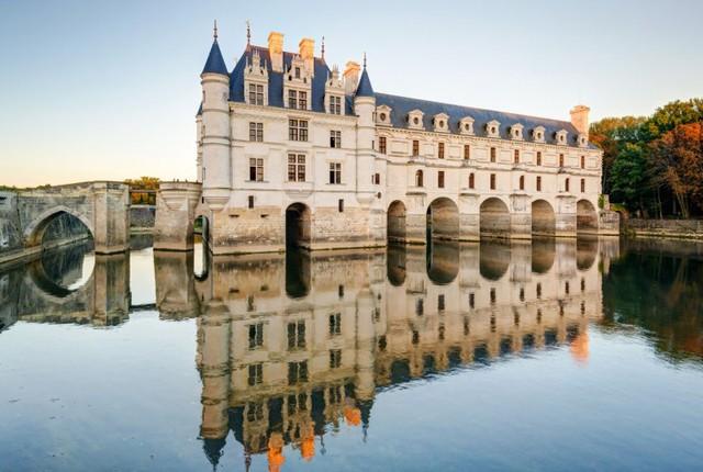 Lâu đài cổ - Một trong những nét đặc trưng của du lịch châu Âu - Ảnh 5.