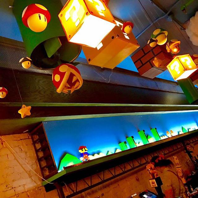 Các fan của Super Mario chắc chắn sẽ thích mê quán bar này! - Ảnh 9.