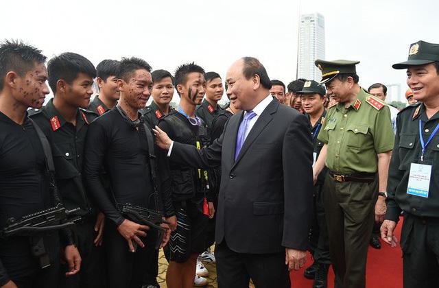 Ra mắt công chúng Công viên tượng APEC tại Đà Nẵng - Ảnh 2.
