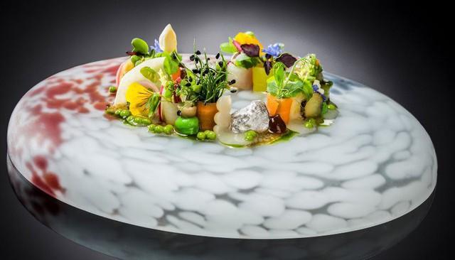 Độc đáo nghệ thuật kết hợp ẩm thực Pháp - Nhật Bản - ảnh 1