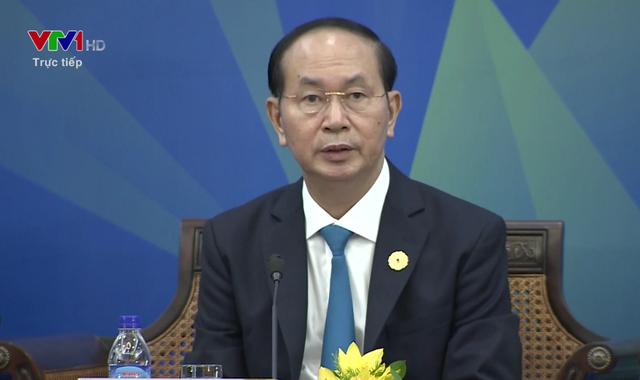 Chủ tịch nước Trần Đại Quang phát biểu tại phiên Đối thoại giữa các nhà lãnh đạo kinh tế APEC với Hội đồng tư vấn kinh doanh APEC - Ảnh 1.