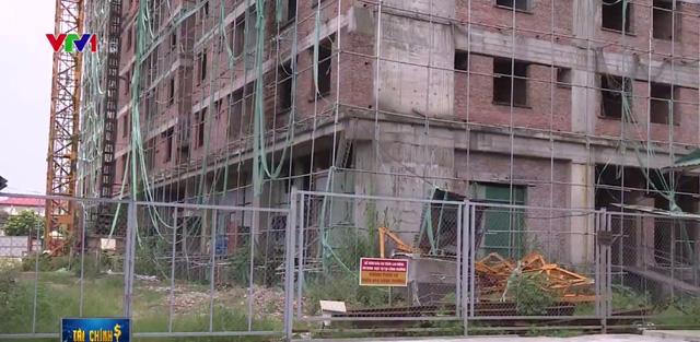 Chung cư 83 Ngọc Hồi, Hoàng Mai xây đến 8 tầng vẫn không phép: Bao giờ mới bàn giao nhà? - Ảnh 1.