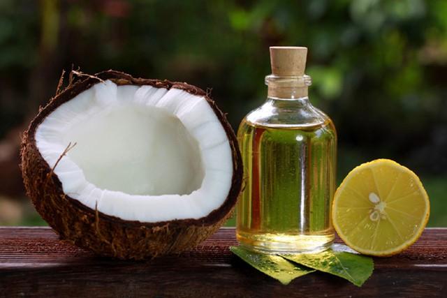 Giúp chị em cách làm trắng da mĩ mãn tại nhà với dầu dừa - Ảnh 2.