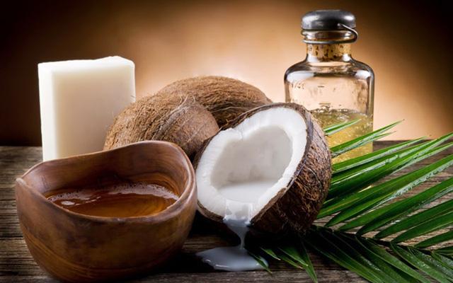 Giúp chị em cách làm trắng da mĩ mãn tại nhà với dầu dừa - Ảnh 1.