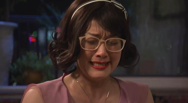 Ghét thì yêu thôi - Tập 6: Kim bỏ nhà ra đi, bà Diễm khóc hết nước mắt - Ảnh 2.