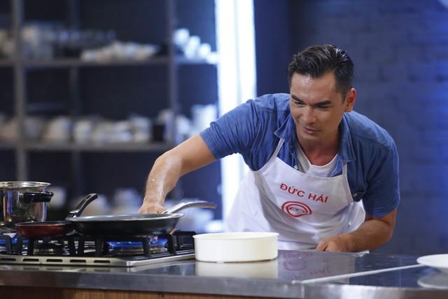 Vua đầu bếp 2017: Đức Hải phản ứng dữ dội với giám khảo Jack Lee - Ảnh 3.