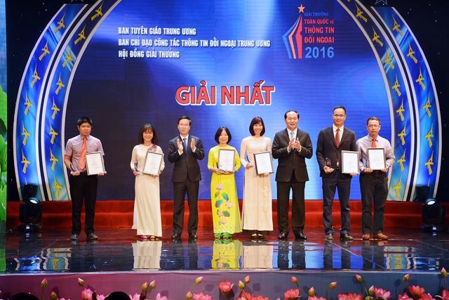 Ê-kíp Ngày trở về: Giải thưởng toàn quốc về thông tin đối ngoại là sự ghi nhận và động viên lớn - Ảnh 1.