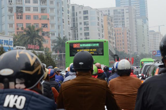 Xe bus nhanh BRT: Thành công hay thất bại? - Ảnh 2.