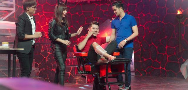 Con gái Chế Linh rơi nước mắt trên sóng truyền hình, Chi Pu đối đầu Trịnh Thăng Bình - Ảnh 3.