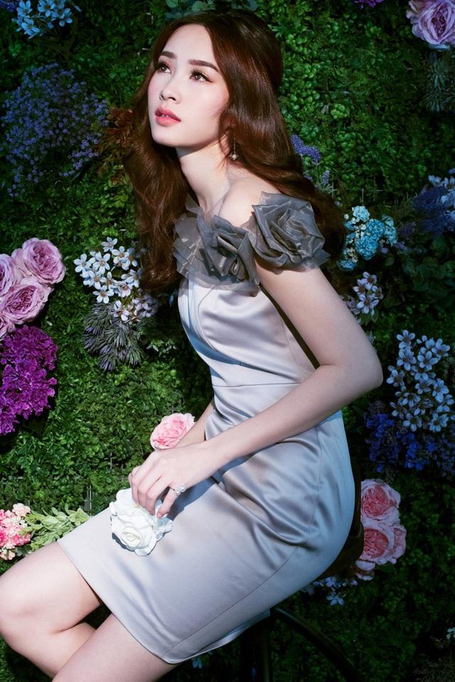 Bị chê tiếng Anh kém, Đặng Thu Thảo vẫn ghi điểm với vẻ đẹp tinh khôi - Ảnh 10.