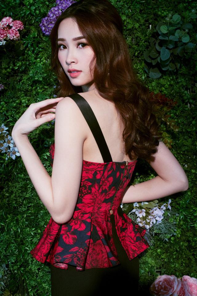 Bị chê tiếng Anh kém, Đặng Thu Thảo vẫn ghi điểm với vẻ đẹp tinh khôi - Ảnh 14.