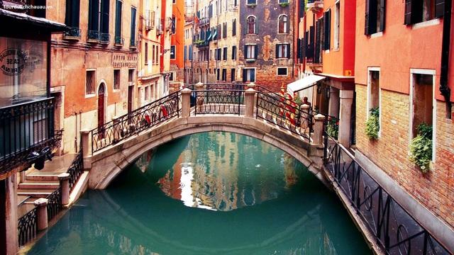 Đến Italy, du khách không thể bỏ qua những nơi này - Ảnh 4.