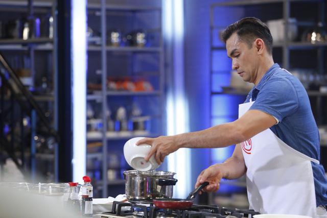 Vua đầu bếp 2017: Đức Hải phản ứng dữ dội với giám khảo Jack Lee - Ảnh 2.