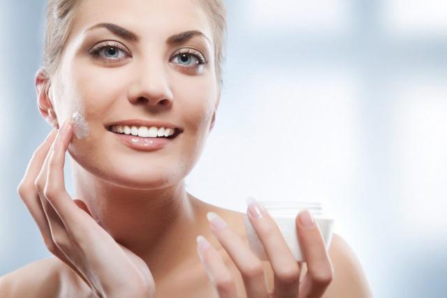 Sử dụng kem dưỡng da đúng cách - bạn đã biết? - Ảnh 1.