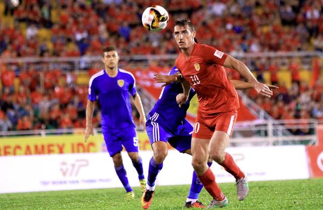 Than Quảng Ninh bất ngờ tái hợp Dyachenko - Ảnh 1.