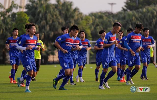 ẢNH: ĐT Việt Nam tiếp tục rèn chiến thuật, sẵn sàng cho trận đấu gặp ĐT Campuchia - Ảnh 4.