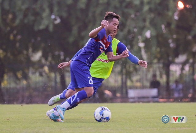 ẢNH: ĐT Việt Nam tiếp tục rèn chiến thuật, sẵn sàng cho trận đấu gặp ĐT Campuchia - Ảnh 9.