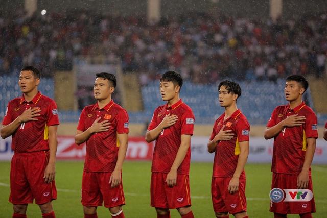 ẢNH: Những khoảnh khắc ấn tượng trong chiến thắng của ĐT Việt Nam trước ĐT Campuchia - Ảnh 2.