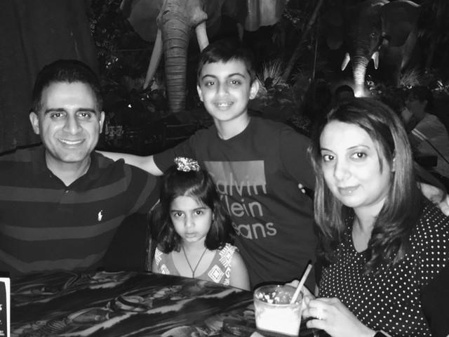 Sau Bkav, Face ID trên iPhone X lại bị đánh lừa bởi cậu bé 10 tuổi - Ảnh 2.