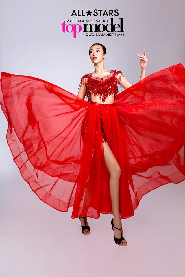Top 9 Vietnams Next Top Model bay bổng trong bộ ảnh giải phóng hình thể - Ảnh 6.