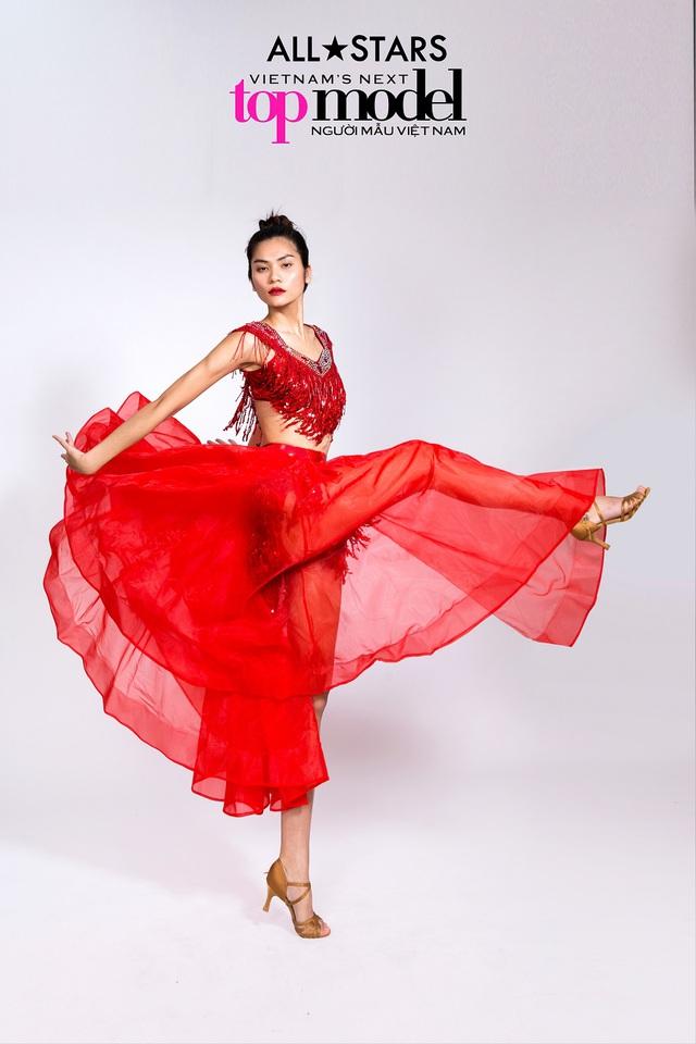 Top 9 Vietnams Next Top Model bay bổng trong bộ ảnh giải phóng hình thể - Ảnh 7.