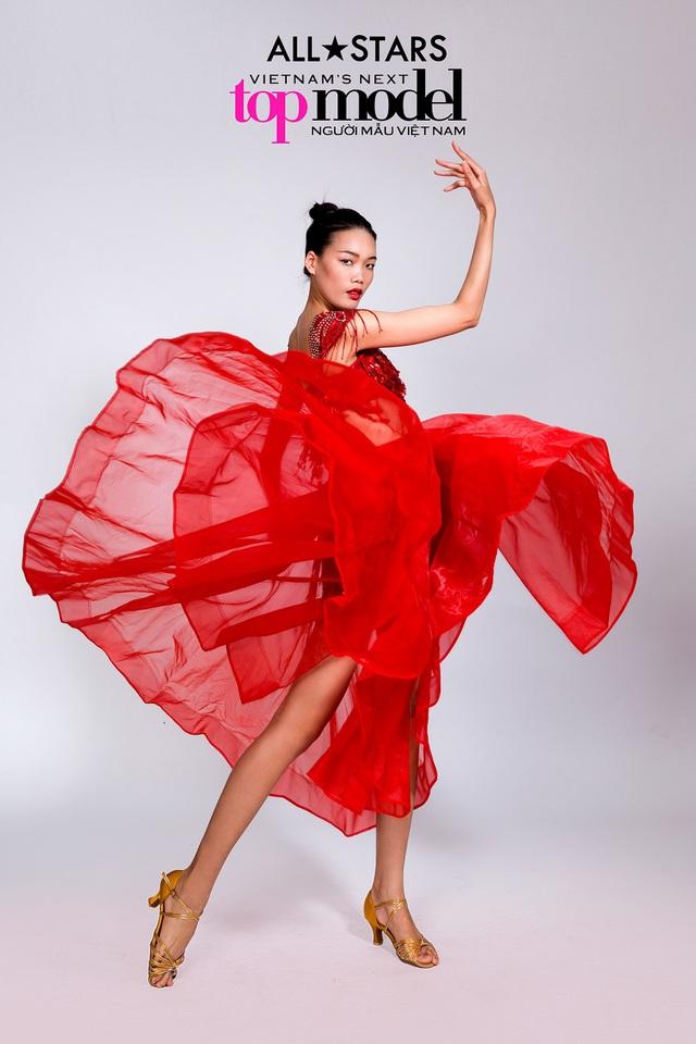 Top 9 Vietnams Next Top Model bay bổng trong bộ ảnh giải phóng hình thể - Ảnh 9.