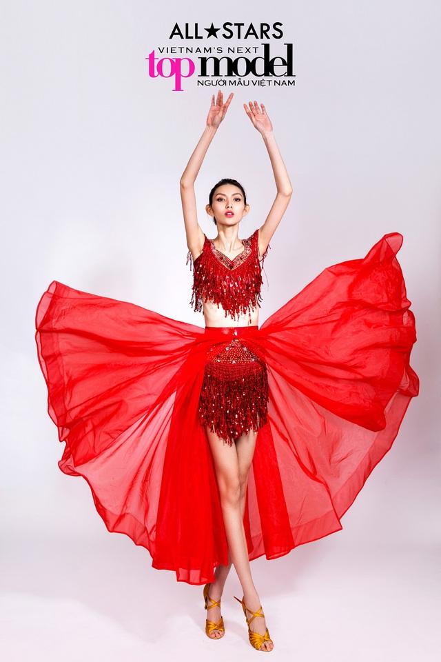 Top 9 Vietnams Next Top Model bay bổng trong bộ ảnh giải phóng hình thể - Ảnh 10.