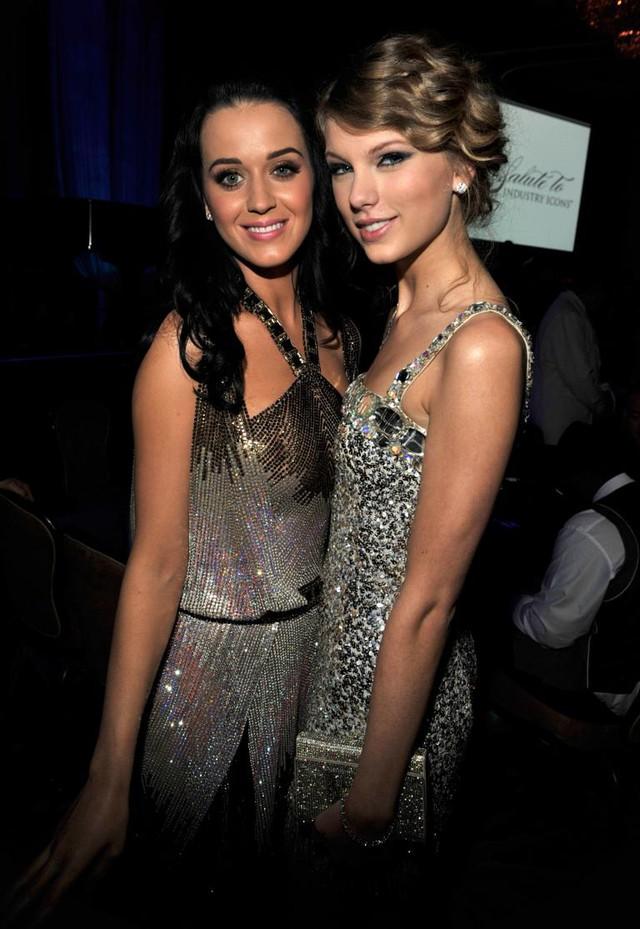 Katy Perry lên tiếng về mối thù hãi hùng với Taylor Swift - Ảnh 2.