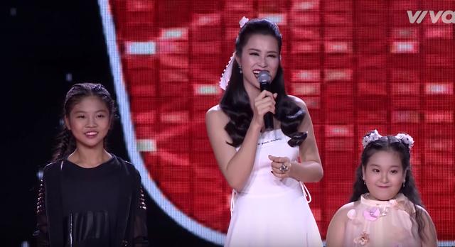 Giọng hát Việt nhí: Được Đông Nhi khen đẹp trai, Soobin thích thú nhảy múa trên ghế nóng - Ảnh 4.