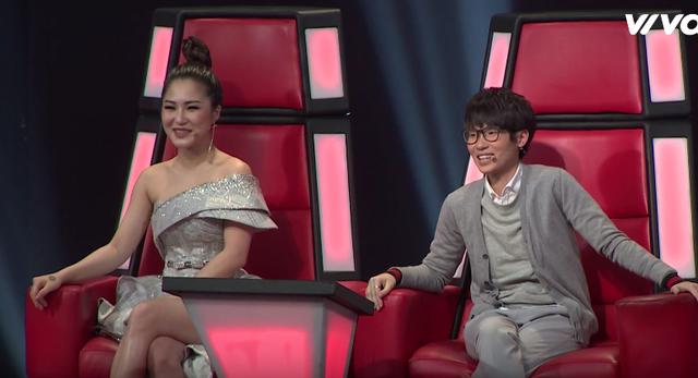 """Giọng hát Việt nhí: Tiên Cookie thích thú với kiểu tóc """"đuôi tôm"""" của học trò Soobin - Ảnh 2."""