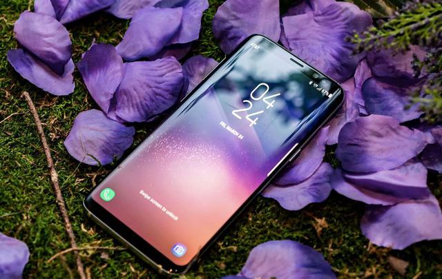 Samsung Galaxy S8: Đẹp nhưng... bán chậm? - Ảnh 1.