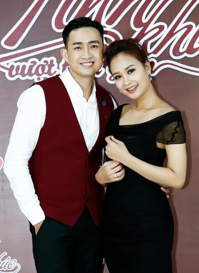 """""""Tình bơ vơ"""" mới được cấp phép, Nam Cường hát ngay trong Tình khúc vượt thời gian - Ảnh 2."""
